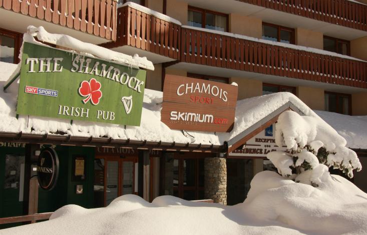 Shamrock pub val thorens webcam